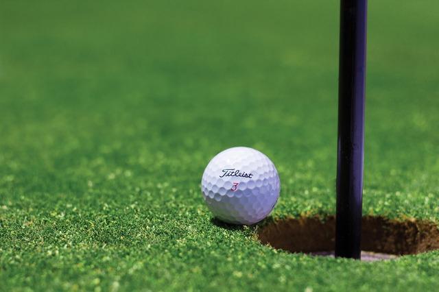 golf-1284012_1920.jpg